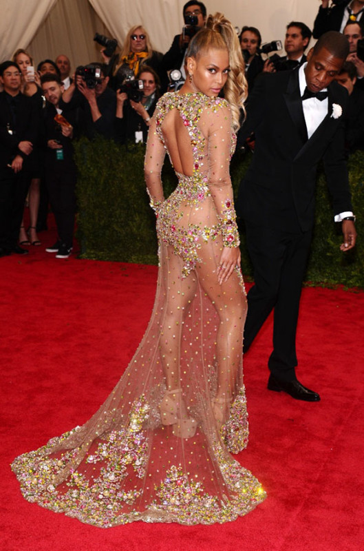 Beyonce-Jay-Z-Met-Ball-2015-529x800.jpg